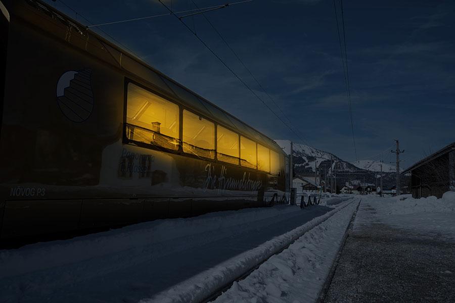 Winterabend im Panoramawagen