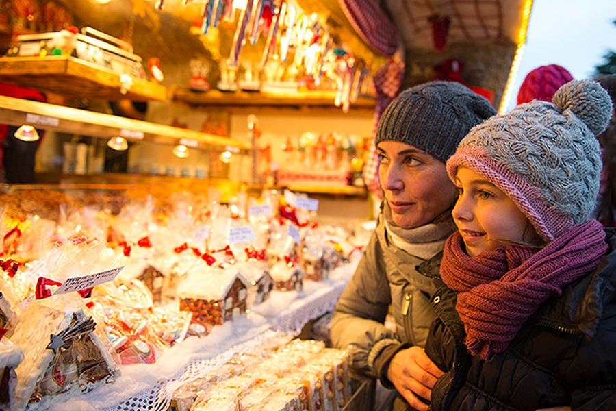 Sonderzüge zum Weihnachtsmarkt in Brand